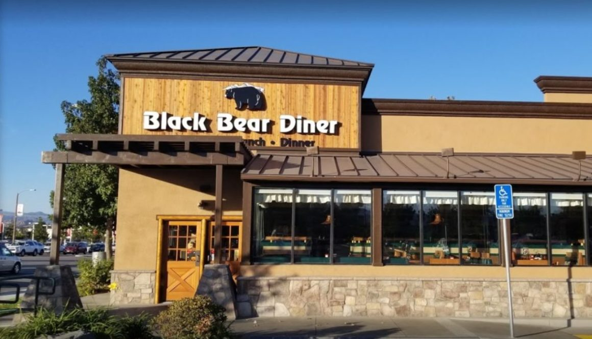 black-bear-diner-outside