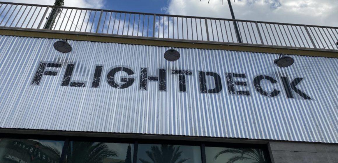 FlightDeck-01